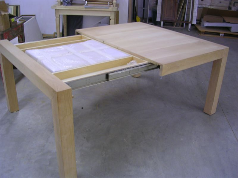 Tavolo in noce allungabile - Meccanismo per tavolo allungabile ...